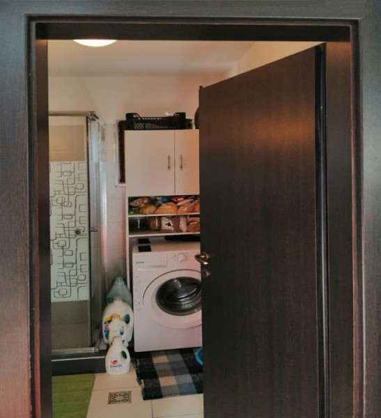 Apartament cu 4 camere, decomandate, 91 mp, zona strazii Mircea Eliade.